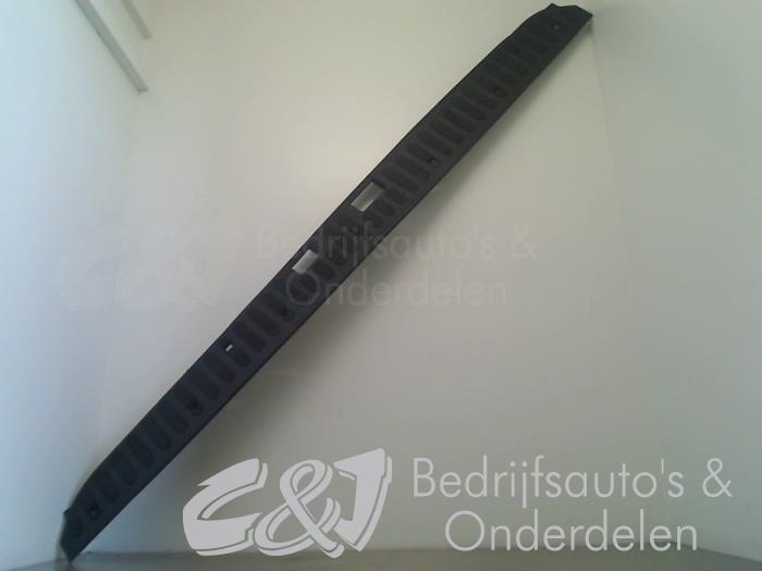 Bumpercover achter - 6cfd2814-086d-4a8d-8b6d-e0b0782d42b3.jpg