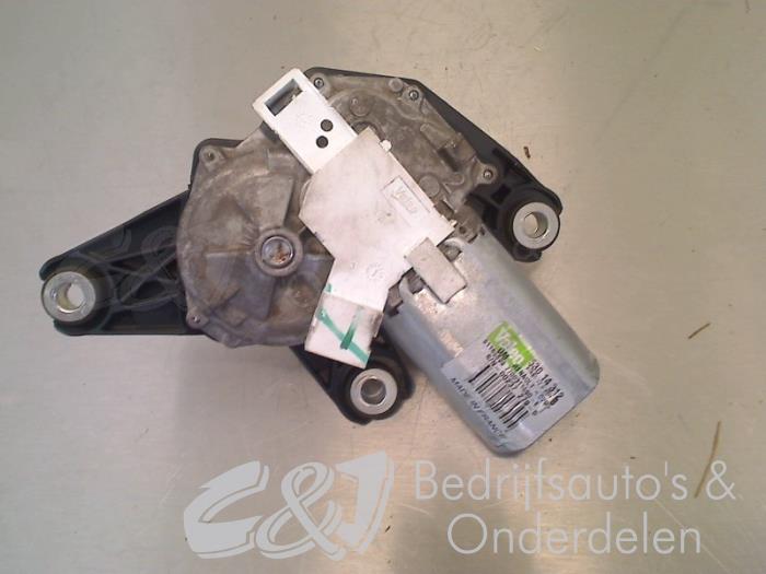 Ruitenwissermotor achter - 4a65b1de-8388-4587-a523-be6b8d4a7a16.jpg