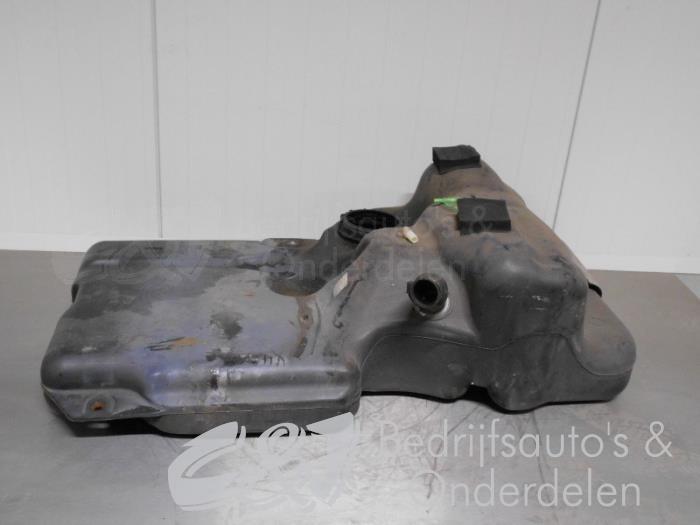 Tank - 6425fce1-8c99-4c2f-aa83-bbb4f771180c.jpg