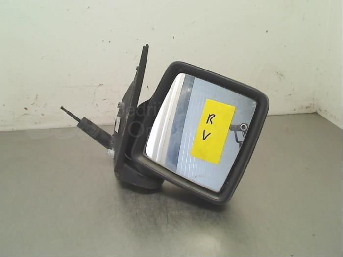 Buitenspiegel rechts - dbc06334-d1ea-4c14-8574-0c5d3bfc943b.jpg