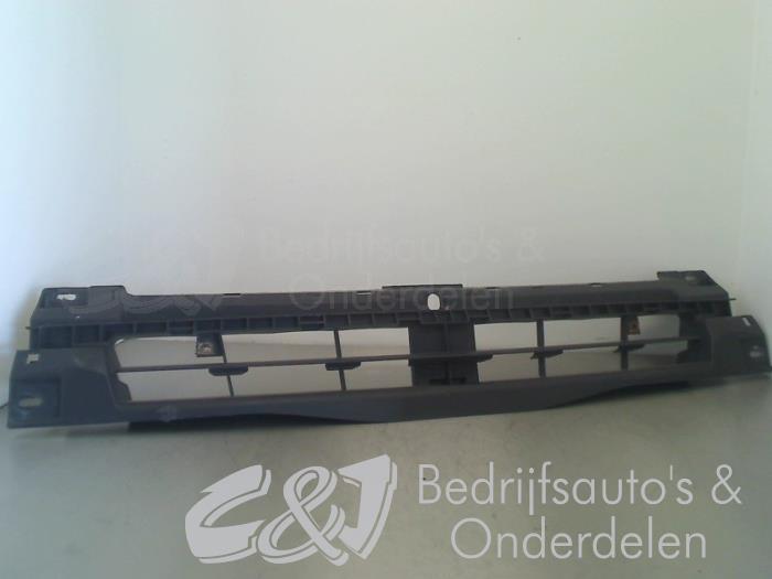 Bumperframe voor - cfad0804-739a-4fb4-be67-87f9ec899b75.jpg
