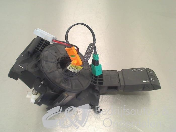 Richtingaanwijzer Schakelaar - e095e6fe-2851-4cb6-9673-8d07ec755226.jpg