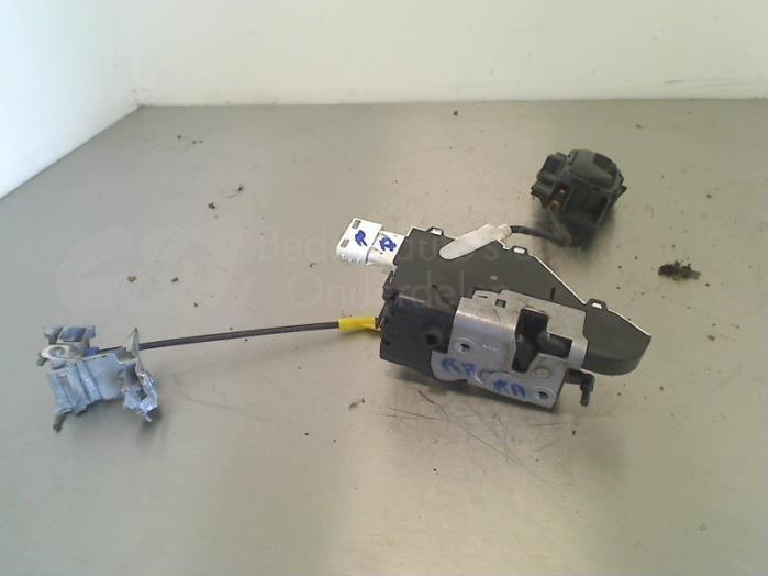 Deurslot Cilinder rechts - ab0b24e9-aa7b-474b-a2b8-2d21c7d454c8.jpg