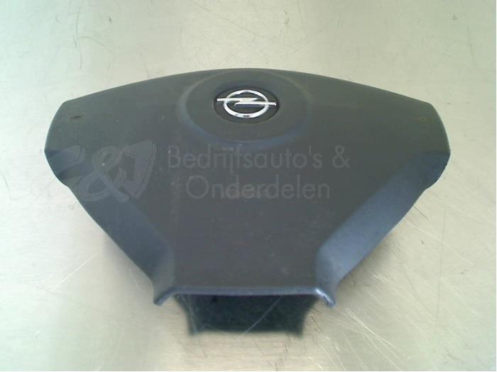 Airbag links (Stuur) - cfda89ef-ab17-4e34-b5a8-107465e358ae.jpg