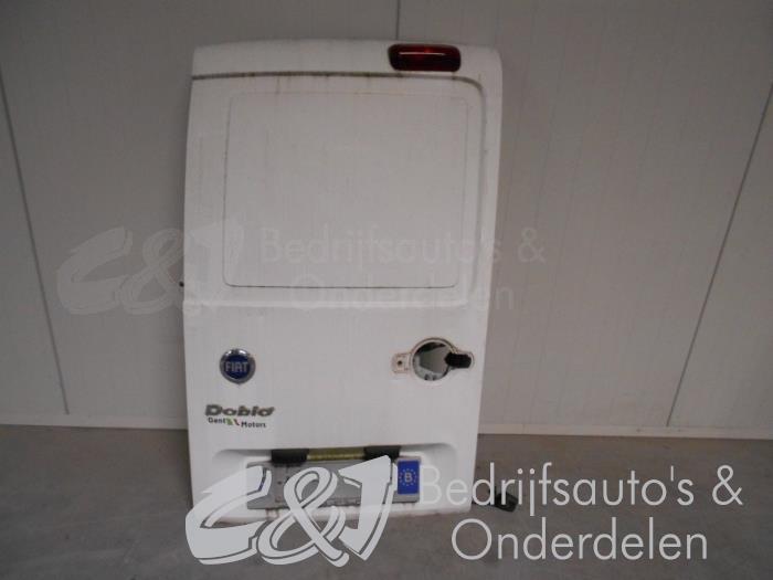 Achterdeur Bus-Bestelauto - f09eee30-5680-4af7-9d11-cb51e3908959.jpg