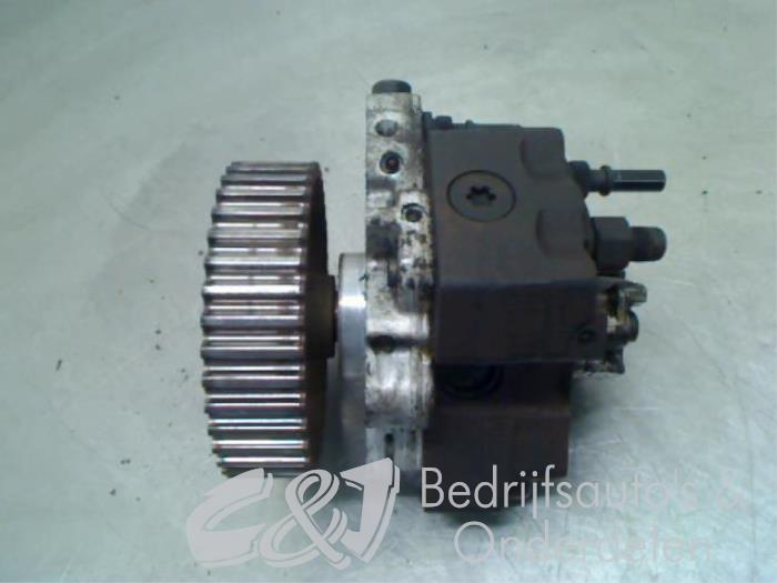 Brandstofpomp Mechanisch - d7440298-4bb9-4cec-90dd-404b28b8013c.jpg
