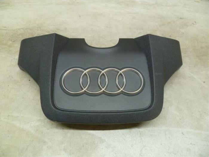 Motor Beschermplaat van een Audi A6 Avant (C7)  2015