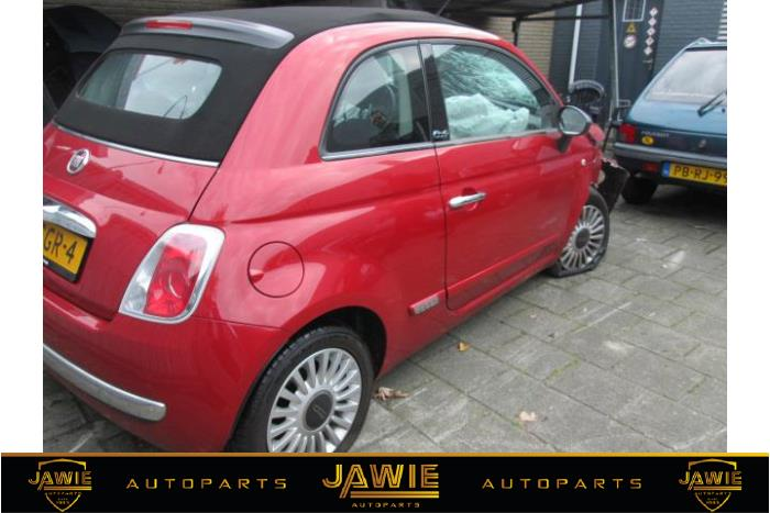 fiat 500 1 2 69 sloop bouwjaar 2011 kleur rood. Black Bedroom Furniture Sets. Home Design Ideas