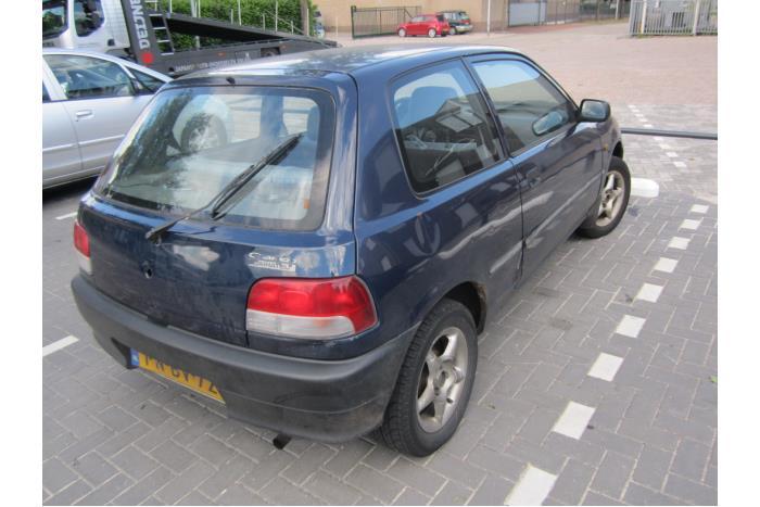 Daihatsu Charade (G200/201/202/203/204) 1.3i TX/CX 16V