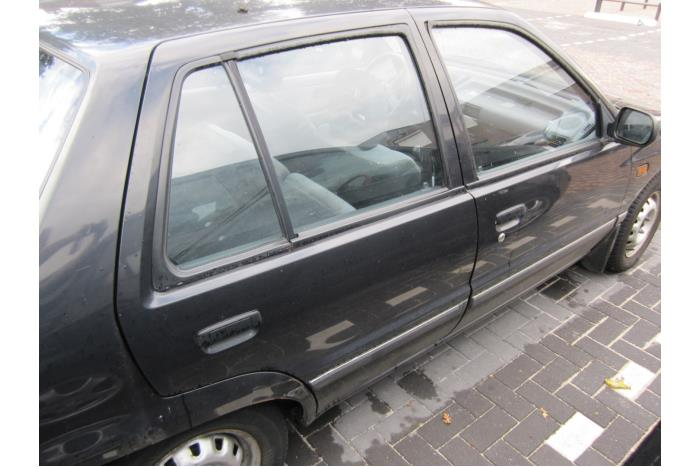 Daihatsu Charade/Valera (G200/203) 1.3i SG 16V