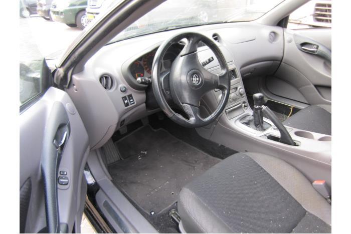Toyota Celica {ZZT230/231} 1.8i 16V