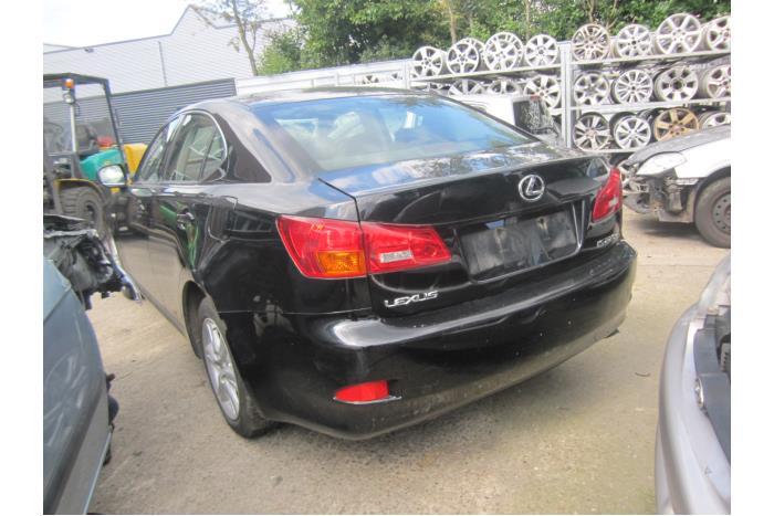Lexus IS 220d 16V