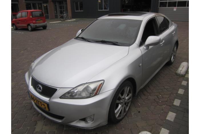 Lexus IS 250 2.5 V6 24V