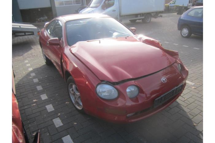 Toyota Celica (T20) 1.8i 16V