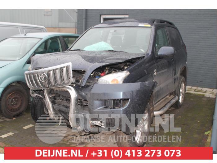Toyota Land Cruiser (J12) 3.0 D-4D 16V