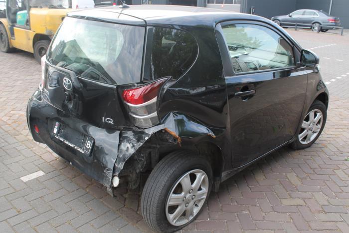 Toyota IQ 09-