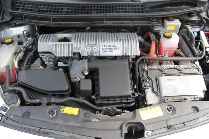 Toyota Prius (ZVW3) 1.8 16V