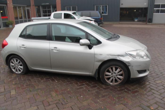 Toyota Auris 07-