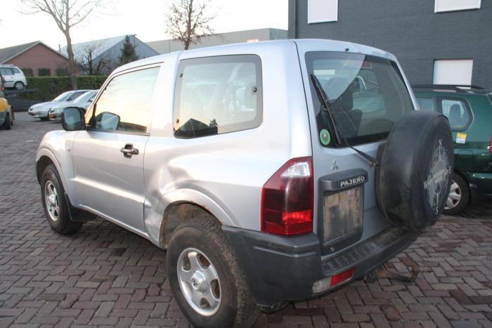 Mitsubishi Pajero 00-