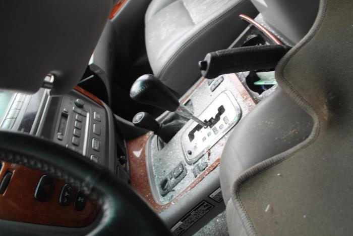Toyota Land Cruiser 100 (J10) 4.2 TDI 100 24V