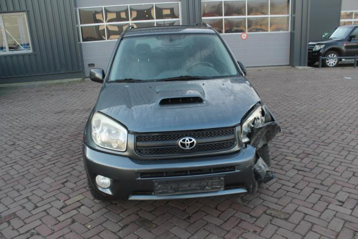 Toyota Rav-4 01-