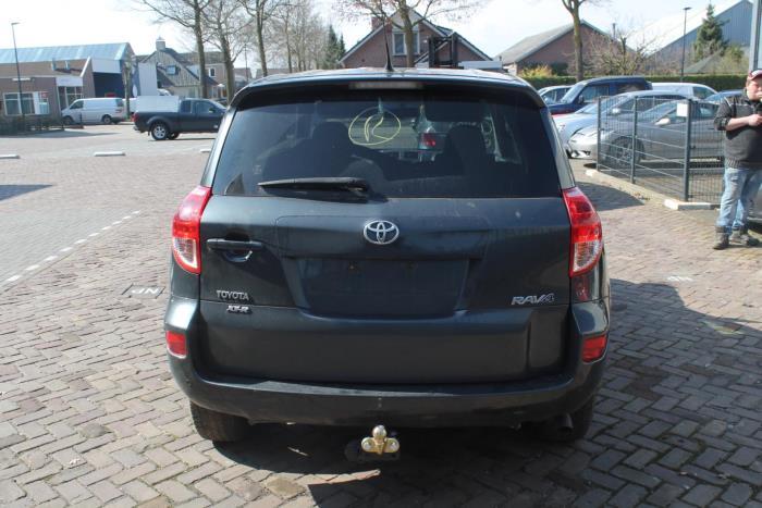 Toyota Rav-4 06-
