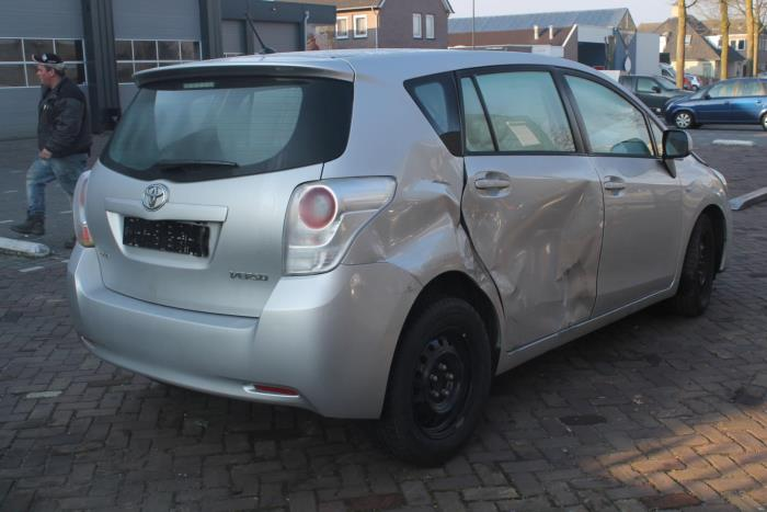 Toyota Verso 1.6 16V VVT-i