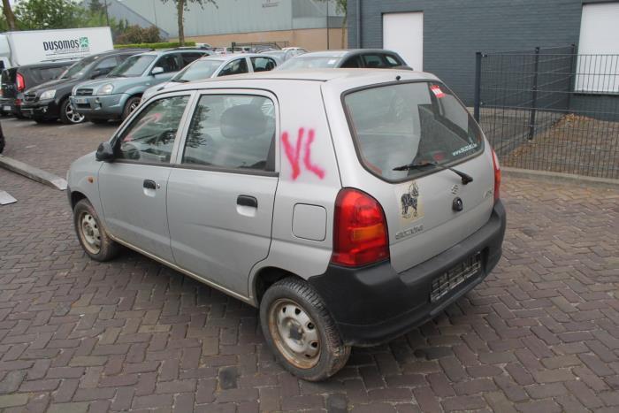 Suzuki Alto 02-