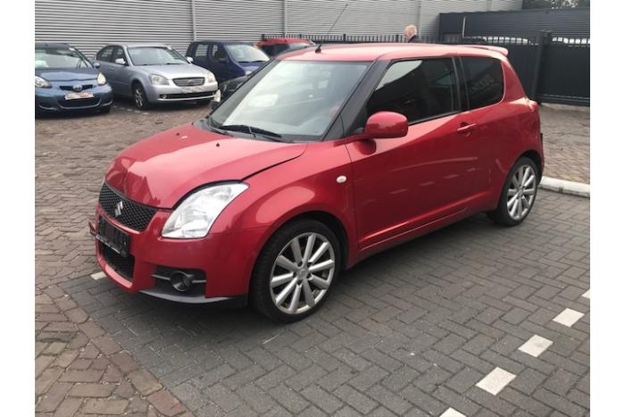 Suzuki Swift 05-