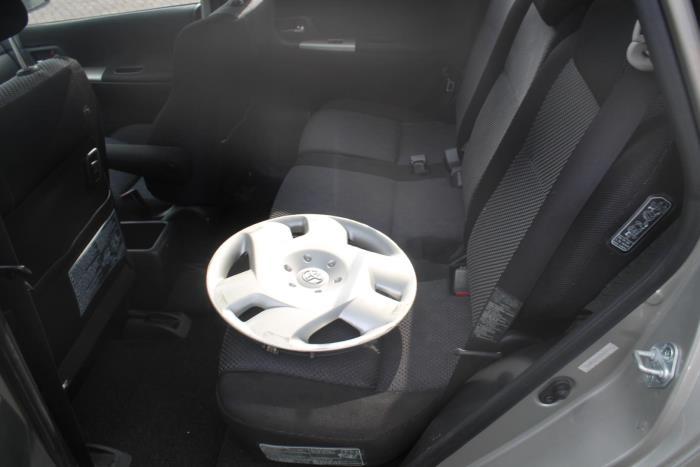 Toyota Corolla V 02-