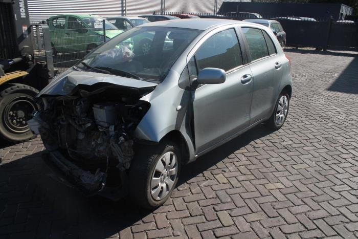 Toyota Yaris 2 06-