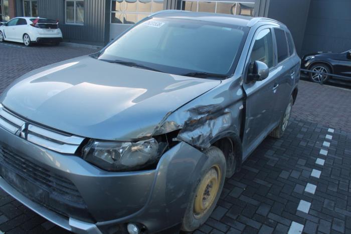 Mitsubishi Outland. 12-