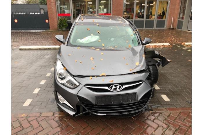 Hyundai i40 CW (VFC) 1.6 GDI 16V