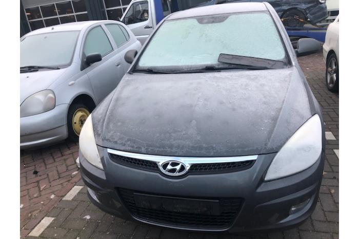 Hyundai i30 (FD) 1.6 CVVT 16V