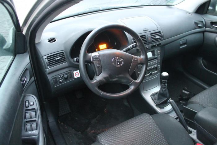 Toyota Avensis 03-