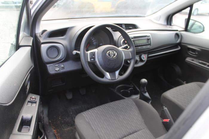 Toyota Yaris 3 12-