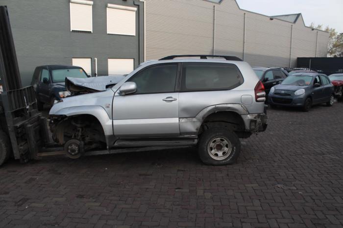 Toyota Landcruiser 03-