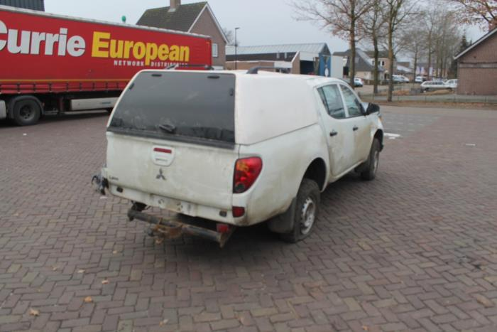 Mitsubishi L200 06-