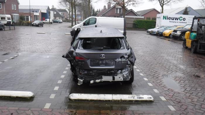Lexus CT 200h 1.8 16V