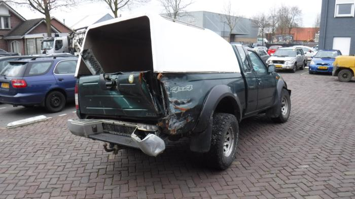 Nissan King Cab/Pickup 4x4 (D22) 2.5 TDI 16V