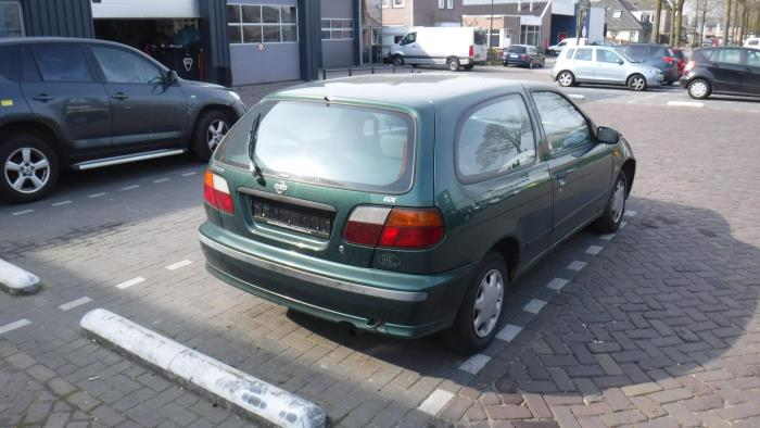 Nissan Almera (N15) 1.4 LX,GX,S 16V
