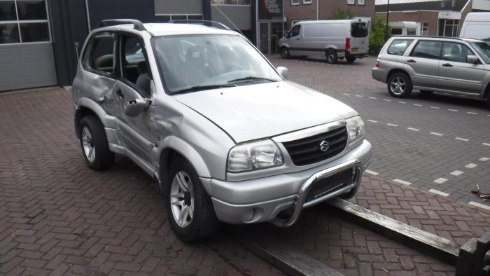 Suzuki Grand Vitara I (FT/GT/HT) 2.0 16V