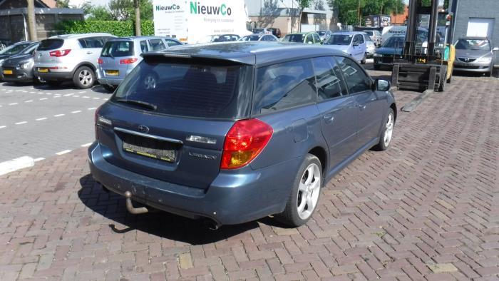 Subaru Legacy Touring Wagon (BP) 2.5 16V