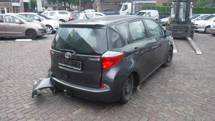 Toyota Verso-S 11-
