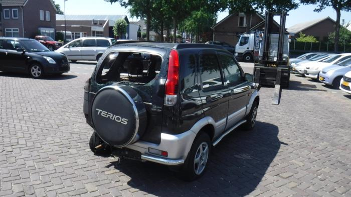 Daihatsu Terios (J1) 1.3 16V DVVT 4x4