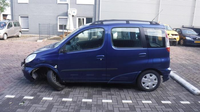 Toyota Yaris Verso (P2) 1.3 16V