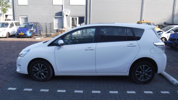Toyota Verso 09-
