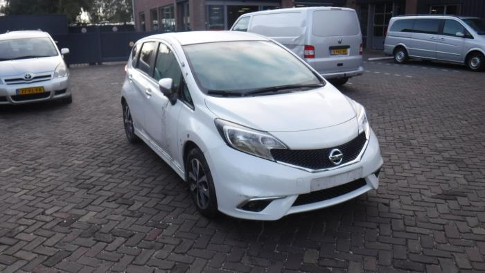 Nissan Note (E12) 1.2 DIG-S 98