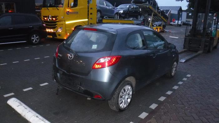 Mazda 2. 07-