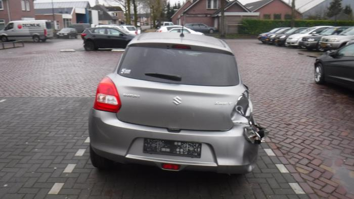 Suzuki Swift 17-